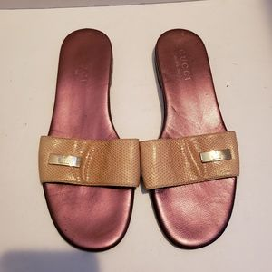 Gucci tan slide sandals sz 5 1/2 B